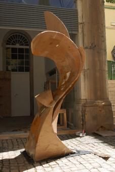 Repetitions, 240x80x80 cm, cardboard and acrylic resin, Lisbon, 2018.